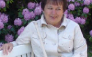 Уход за клубникой весной: особенности, сроки, пошаговая инструкция правильного ухода, советы садоводов