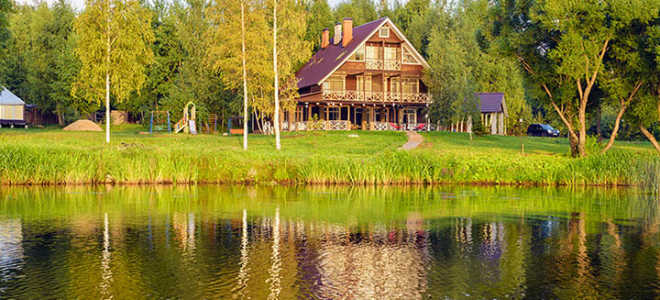 Пруд на участке: плюсы и минусы, недостатки дома у пруда