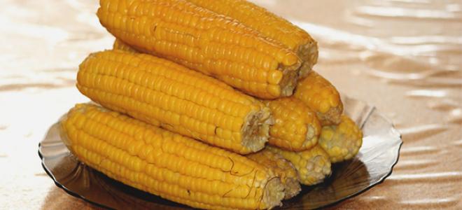 Сырая кукуруза: можно ли есть, польза и вред для здоровья, калорийность, как и сколько варить, как заморозить